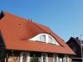 Dacheindeckung in einer Bieberschwanzdeckung im Farbton naturrot